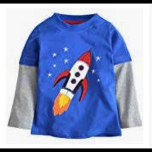 Boys Boden sz 5-6y Rocket print long sleeve T